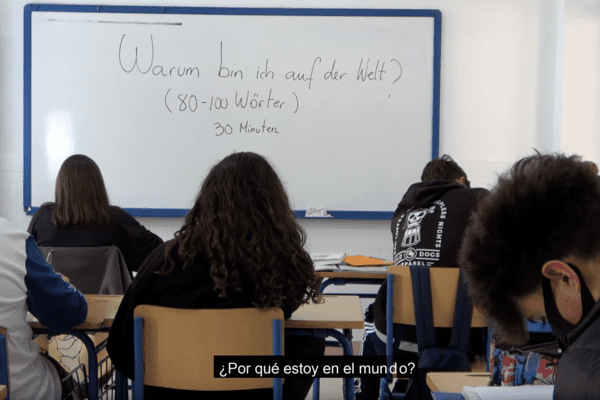 Warum bin ich auf der Welt subtitulado